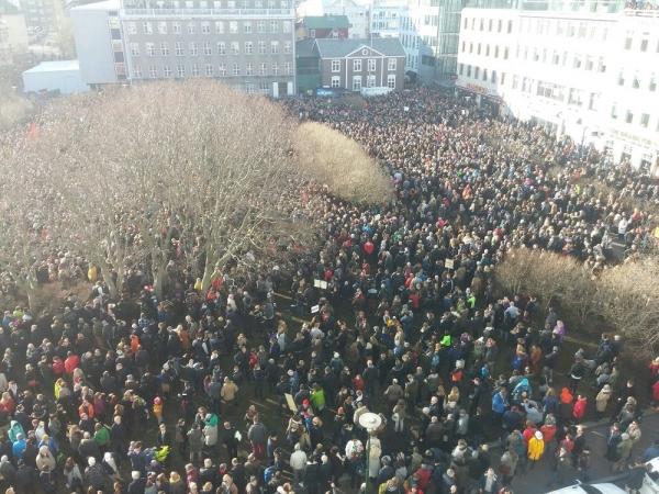 Panama Papers, Austurvöllur square, protests