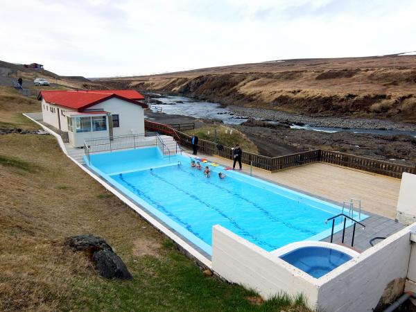 9 great excuses to travel to northeast iceland icelandmag for Swimming pools in the north east