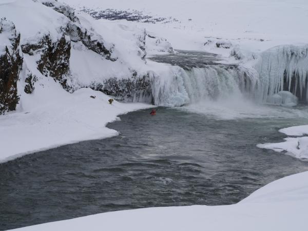 Goðafoss, Kayaker
