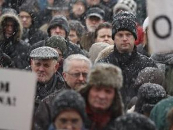 Icelandic men, people, winter, protests
