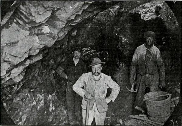 Helgustaðanáma miners