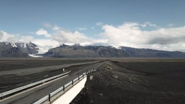 Skeiðarárbrú, Öræfajökull