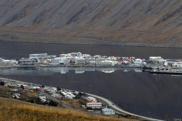 Ísafjörður, bær