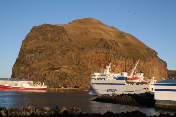Heimaklettur, Herjólfur, Vestmannaeyjar