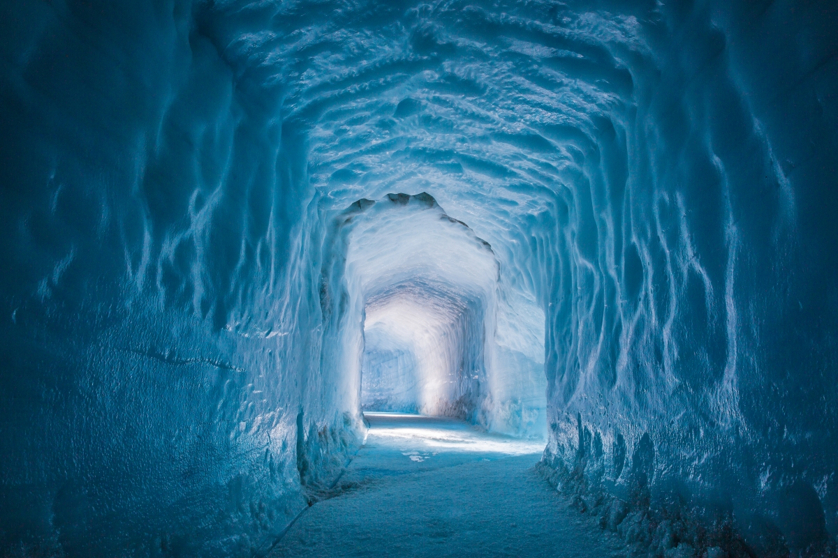 Lighting design in the langjökull ice cave wins prestigious