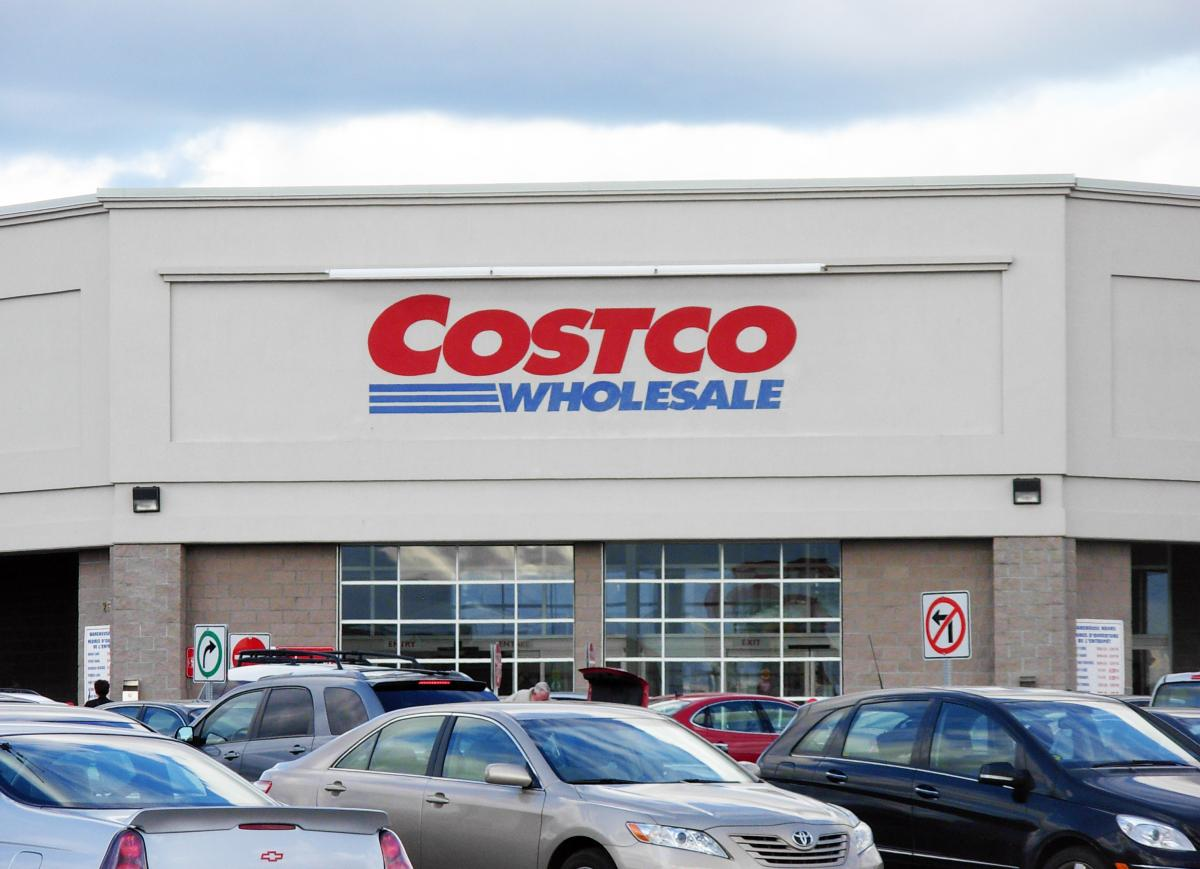 The first Costco in Iceland will have a traditional turf roof ...