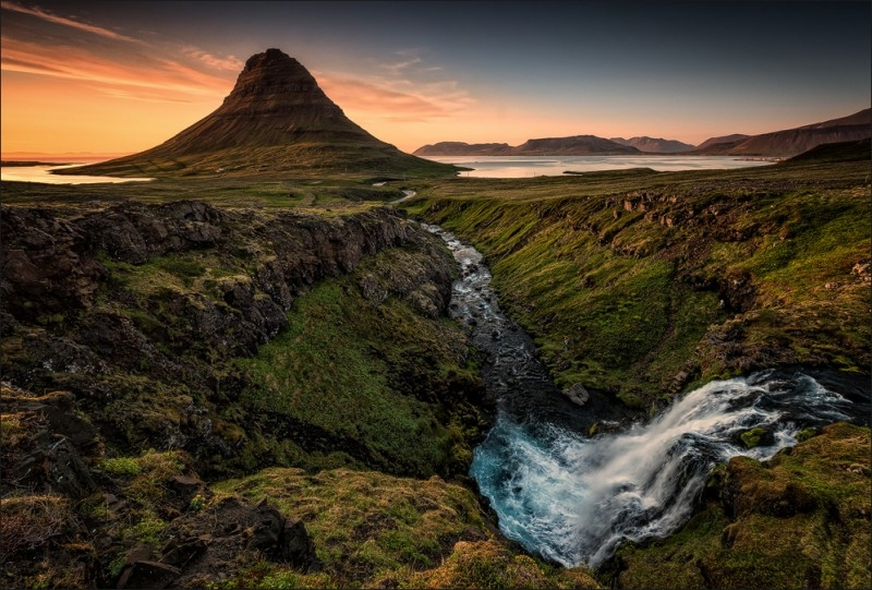 Mt Kirkjufell Cnn Has Named The Arctic Iceland Greenland And Norway As One Of Top 16 Up Coming Destinations For 2016 Photo Martin Schulz