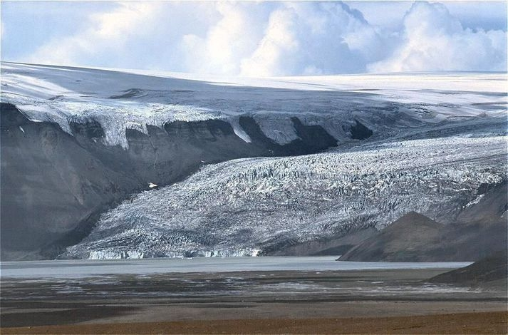 Sharp earthquake swarm west of Langjökull glacier, West Iceland | Icelandmag