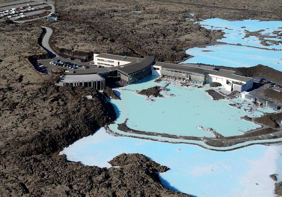 Iceland S Two Blue Water Pools The Blue Lagoon Vs M 253 Vatn