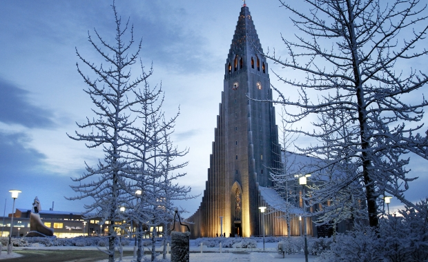 0.0% of Icelanders 25 years or younger believe God created the world, new poll reveals