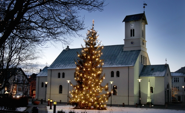 reykjavk cathedral all churches in iceland have a christmas mass at 1800 on december 24 although the mass is in icelandic the hymns and the solemn and - Christmas In Iceland